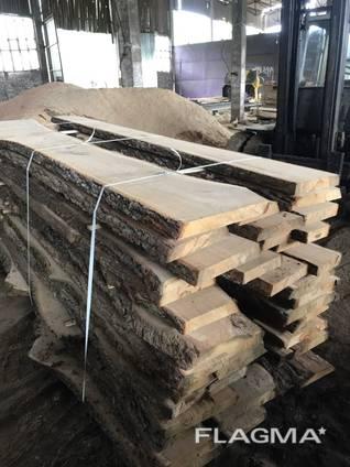 Planche de chêne non taillée